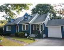 351 Willow St, Mansfield, MA 02048
