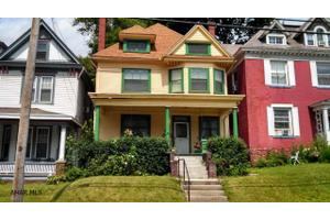 1209 Lincoln Ave, Tyrone, PA 16686