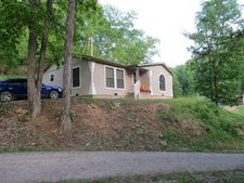 1540 Trace Caney Rd, Pippa Passes, KY 41844