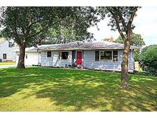 107 9th St Ne, Little Falls, MN 56345