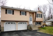 609 Brooklyn Mountain Rd, Hopatcong Boro, NJ 07843