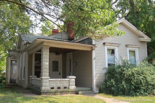 528 E Chestnut St Jeffersonville In 47130 Realtor Com 174