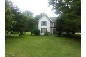 19684 East River Rd, Columbia Station, OH 44028