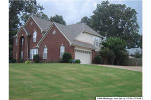 5760 New Pointe Dr, SOUTHAVEN, MS 38672