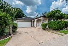 1542 Beaconshire Rd, Houston, TX 77077