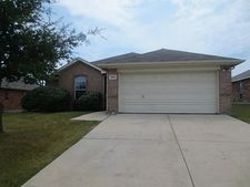 1205 Sweetwater Dr, Burleson, TX 76028