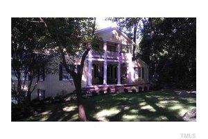 303 Country Club Rd, Chapel Hill, NC 27514