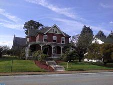 602 W 1st Ave, Parkesburg, PA 19365