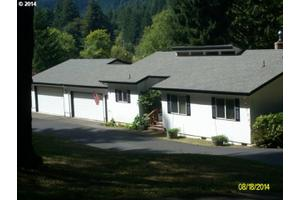 11829 E Mapleton Rd, Mapleton, OR 97453