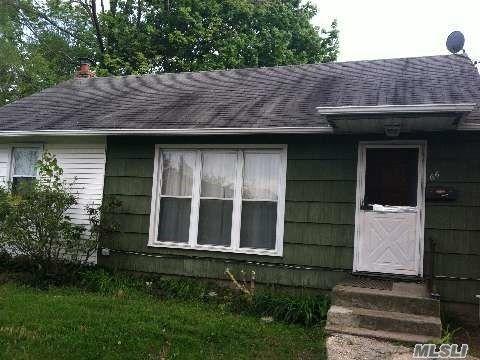 66 Davidson St, Wyandanch, NY 11798