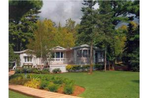467 Glenn Dr, Harbor Springs, MI 49740