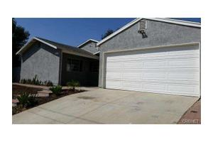 11761 Remington St, Sylmar, CA 91342