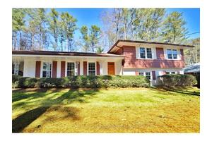 2738 Whispering Pines Dr, Decatur, GA 30033