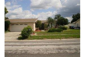 8713 Bay Crest Ln, Tampa, FL 33615