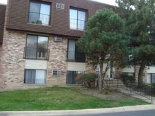 199 N Waters Edge Dr Apt 201, Glendale Heights, IL 60139