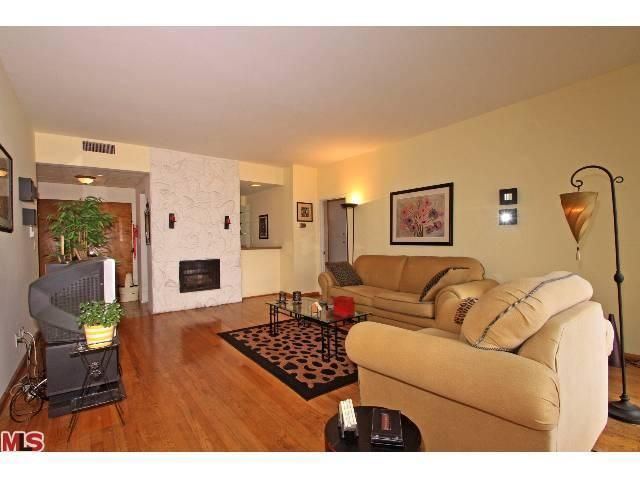 2051 S Bentley Ave Apt 301, Los Angeles, CA 90025