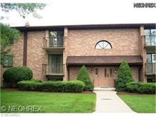 500 Tollis Pkwy Apt 201, Broadview Heights, OH 44147