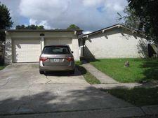 826 Lawrence Dr, Gretna, LA 70056