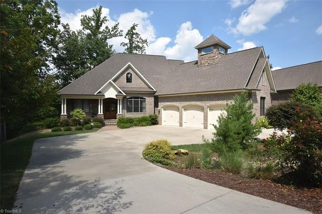 1317 dunleigh dr burlington nc 27215 home for sale and for Home builders in burlington nc