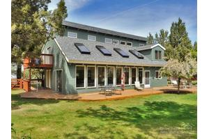 63330 Old Deschutes Rd, Bend, OR 97701