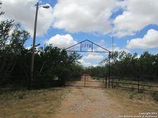 626 County Road 2015/Nail Rd, Pearsall, TX 78061