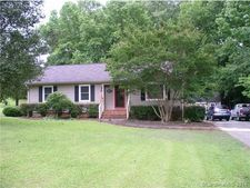 1031 Hollow Rd, Chester, SC 29706