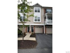 7290 Pioneer Dr, Lower Macungie Township, PA 18062