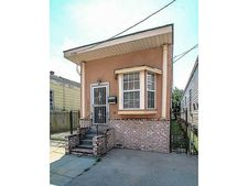 1306 Arts St, New Orleans, LA 70117