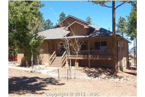 400  Karen LN, Woodland Park, CO 80863