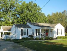 427 Mccord St, West Point, MS 39773