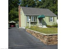 163 Country Club Rd, New Britain, CT 06053