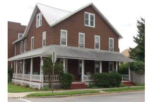 27 N Henderson St, Lock Haven, PA 17745