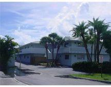 322 N Federal Hwy Apt 125, Deerfield Beach, FL 33441