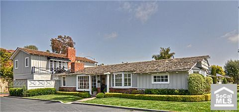 2571 Crestview Dr, Newport Beach, CA 92663