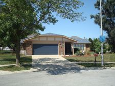 8816 Timber Ct, Tinley Park, IL 60487