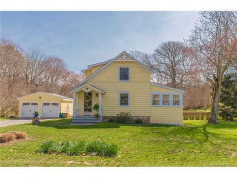 24 Mc Curdy Rd, Old Lyme, CT 06371