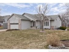 14474 Woodbridge Ln, Savage, MN 55378