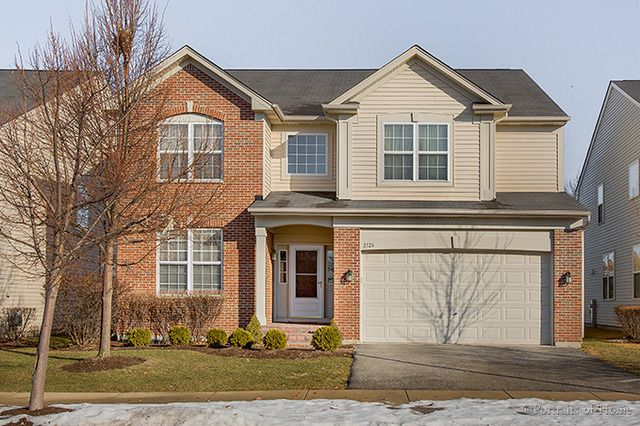 2126 W Silverleaf Ln, Addison, IL