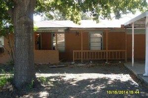 3151 Chamness Ct, Haltom City, TX 76117