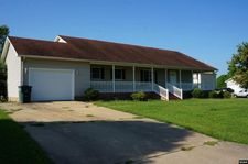 829 Mosswood Dr, Union City, TN 38261