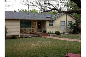 4700 Boat Club Rd, Fort Worth, TX 76135