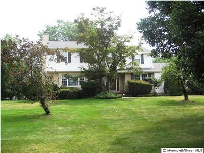127 Lancaster Rd, Freehold, NJ