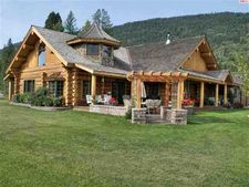 438 Hickory Rd, Bonners Ferry, ID 83805