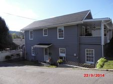 355 Highland Ave, Prestonsburg, KY 41653