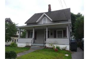 32 Winthrop St, Torrington, CT 06790