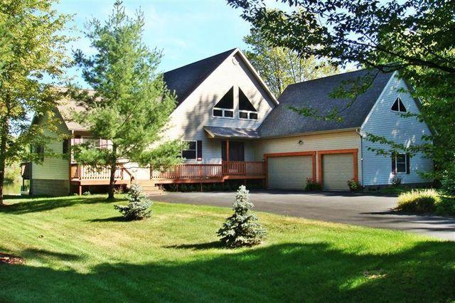 9258 Elmwood Ct, Canadian Lakes, MI