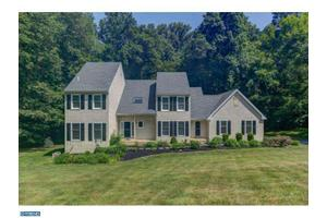 823 Shadow Farm Rd, West Chester, PA 19380