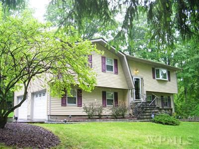Homes For Sale In Jefferson Valley Ny