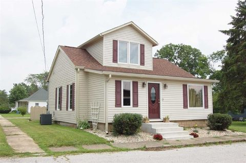200 S Midway St, Brookston, IN 47923