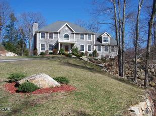 Magestic Center Hall Colonial on Foxwood Lake